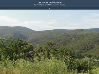 Le studio curistes PMR et le T2 rez-de-jardin sont situés les hauteurs des Hauts de Sabourel et a une vue exceptionnelle sur le Parc Naturel Régional à Lamalou les bains.